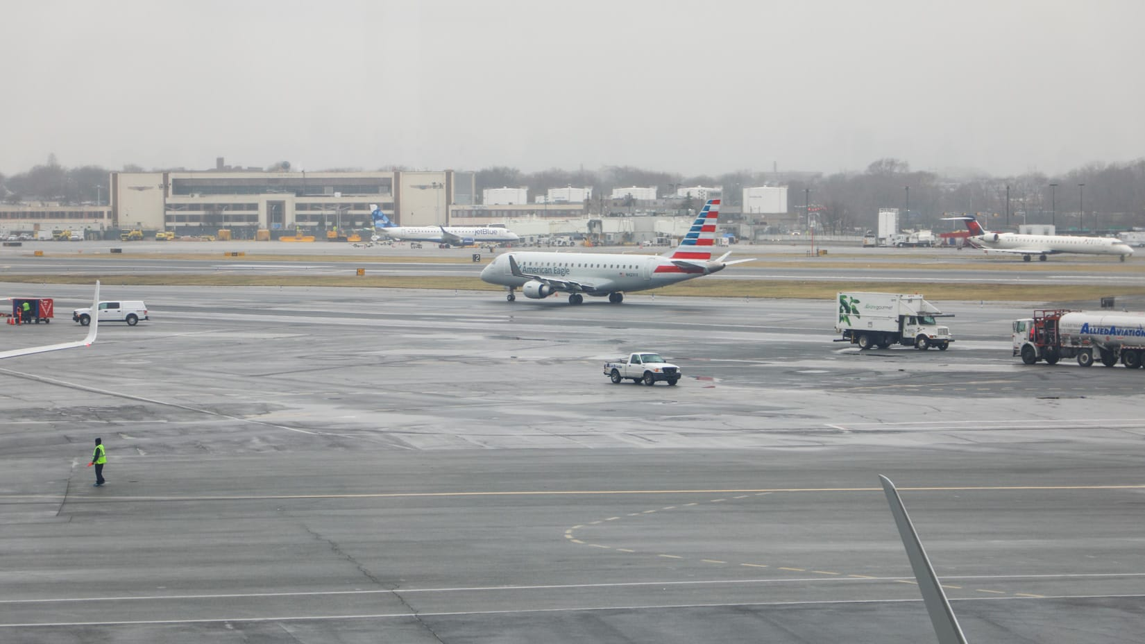 Plane on the LaGuardia airport runway